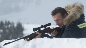 映画『スノーロワイヤル』ネタバレ感想解説!除雪車のカタログを読み聞かせるな
