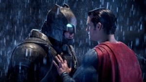 映画『バットマンvsスーパーマン ジャスティスの誕生』ネタバレ感想解説!砂が動いた