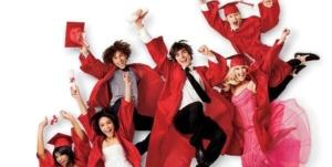 映画『ハイスクールミュージカル/ザ・ムービー』あらすじネタバレなし感想!ダンスが良い